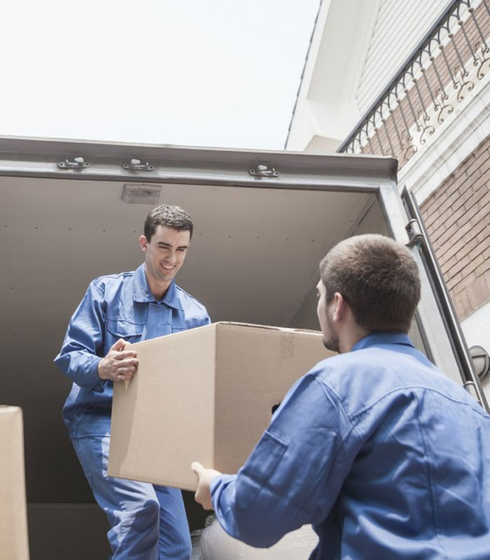 moving out services dubai